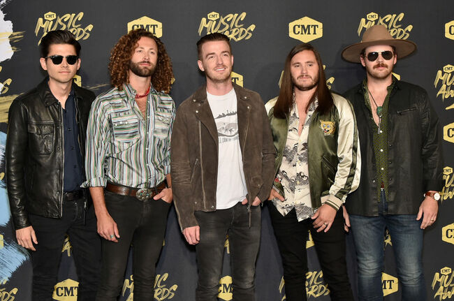 LANCO - CMT Awards