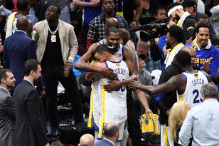 Warriors Sweep Cavs For Third NBA Title In Four Years