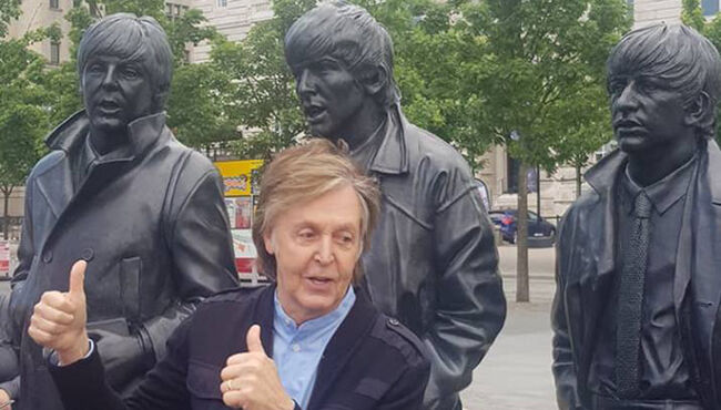 Paul McCartney Runs Into Beatles Tour in Liverpool