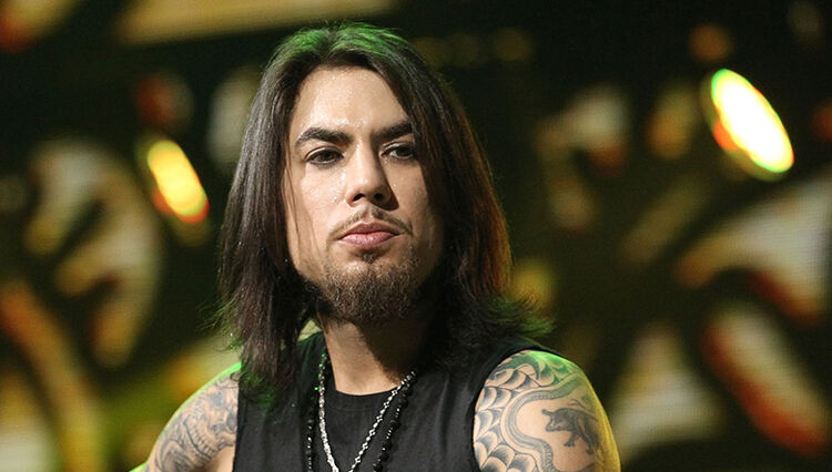 Dave Navarro Delivers Message to People With Suicidal Thoughts