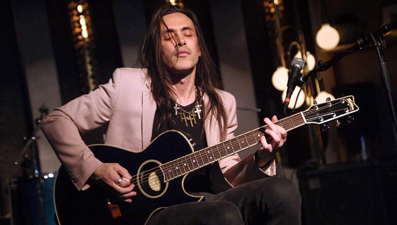Nuno Bettencourt Says Extreme Is Careful About Playing New Music Live