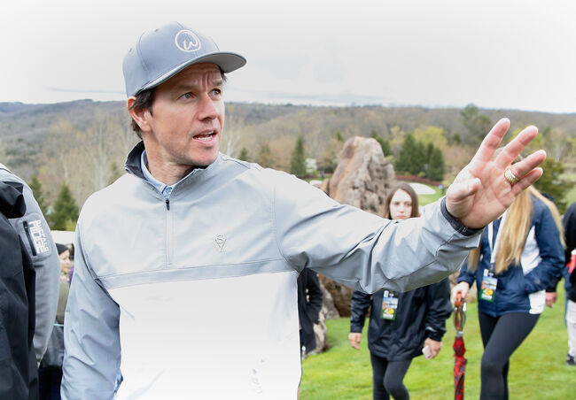 Sexiest dads in hollywood- mark wahlberg
