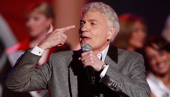 "Dennis DeYoung Says Styx Hurt Legacy By Kicking Him Out, Shunning ""Mr. Roboto"""