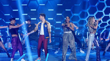 - 'The Four' Season 2 Episode 2: Two Challengers Steal Chairs on The Four