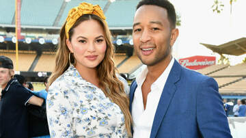 Trending - Chrissy Teigen's Reaction To John Legend's 'This Is Us' Cameo Is LOL-Worthy