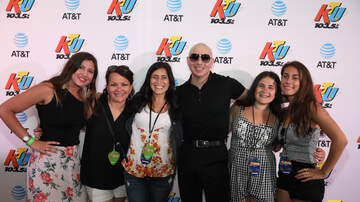 KTUphoria - PHOTOS: Pitbull Meets Fans Backstage at KTUphoria