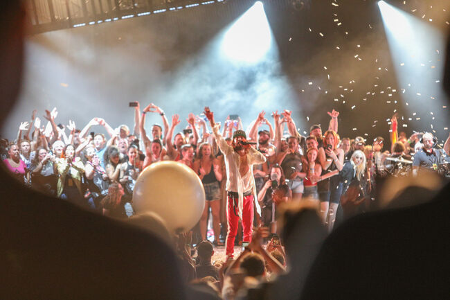 Thirty Seconds to Mars Closes Down our 11th Birthday Show Day One