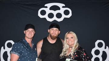 Photos - Brantley Gilbert Meet & Greet Photos