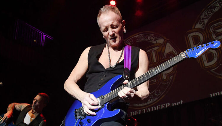 Phil Collen Describes Gross Hand Injury That Threatened a Tour