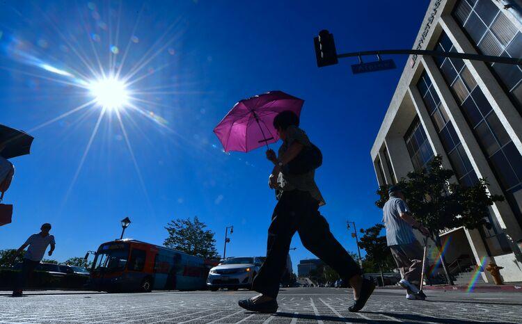 heat wave hits L.A. again