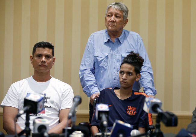 US-SCHOOL-SHOOTING-FLORIDA