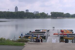 6-year-old drowns at Gray's Lake in Des Moines