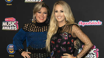 Entertainment News - Kelly Clarkson Shows Love To Carrie Underwood With 'Before He Cheats' Cover