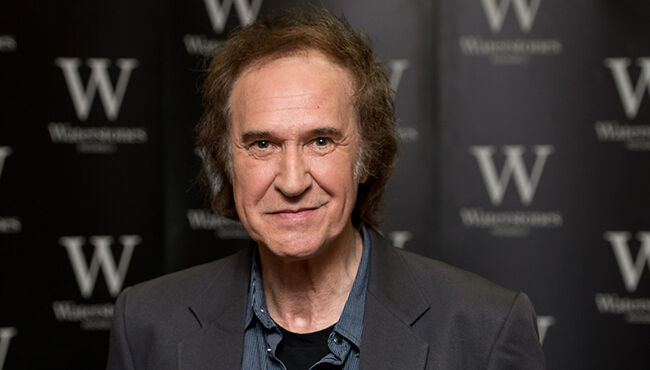Ray Davies Says the Kinks Are Officially Reunited