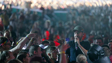 Birthday Show Night Two - Mike Shinoda Connects with the Crowd at our 11th Birthday Show Day Two