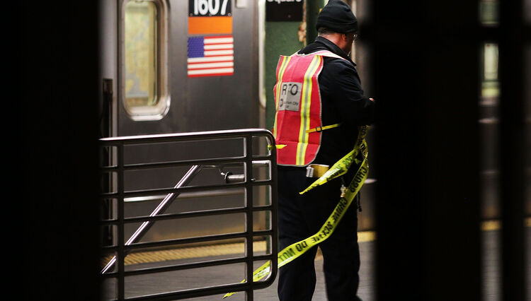 Subway Rider Left With Fractured Skull After Metal Pipe Attack