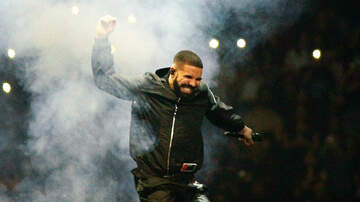 Trending - Drake Receives A $550,000 OVO Jacket From The Toronto Raptors: See The Gift