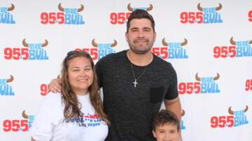 Photos - Josh Gracin Meet & Greet Photos