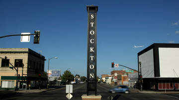 Top Stories - Stockton Mayor Experimenting With Aid Programs