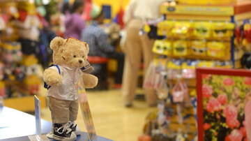 George Chamberlin - Build-A-Bear Cancels Promotion After Crowd Chaos