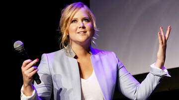 Entertainment News - Amy Schumer Jokes About Tough Pregnancy