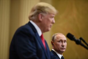Trump sides with Putin over US Intelligence