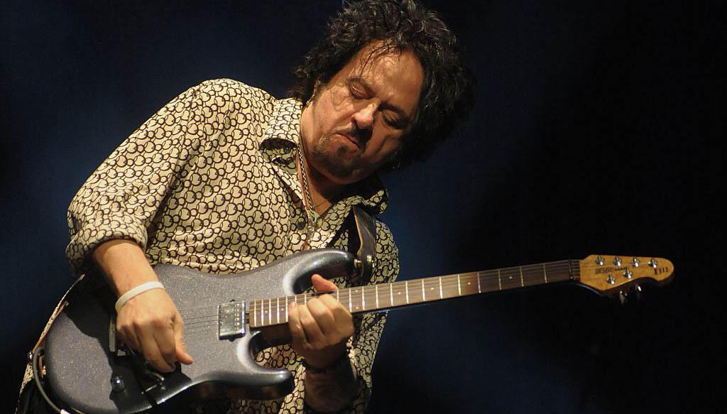 Toto's Steve Lukather Announces Memoir