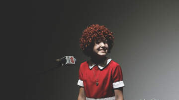 Sam Galloway Lincoln Live Lounge - Cast of Annie at Broadway Palm Dinner Theatre | July 13th