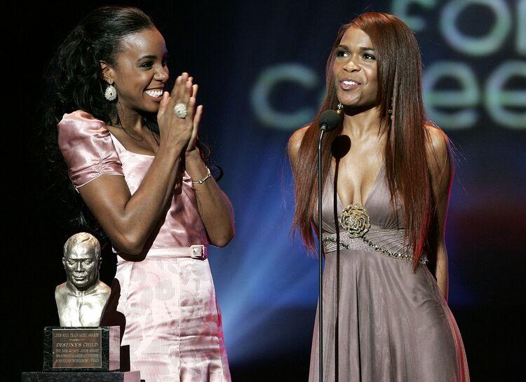 20th Annual Soul Train Music Awards - Show