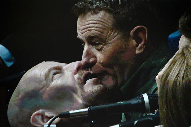 Bryan Cranston cosplays his own 'Breaking Bad' character and makes out with self