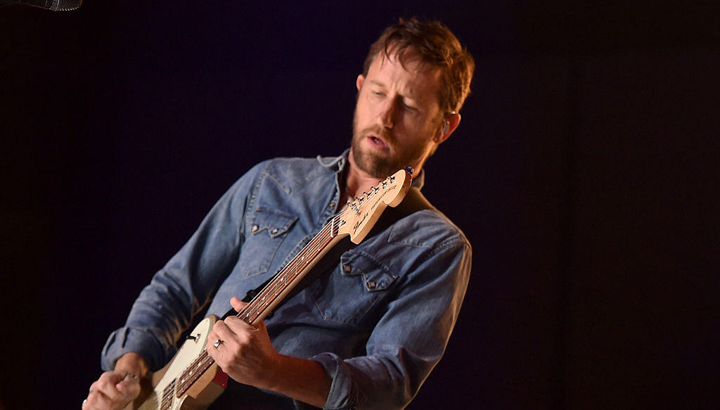 Foo Fighters Guitarist Chris Shiflett Is Selling 20 Guitars
