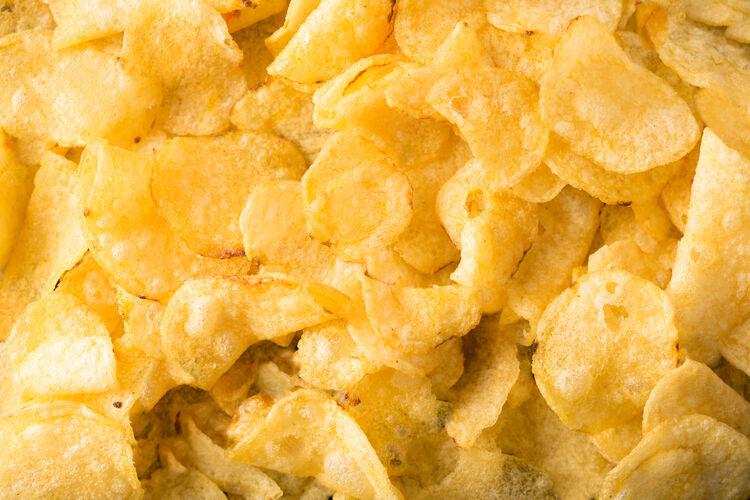 Potato Chips Getty RF