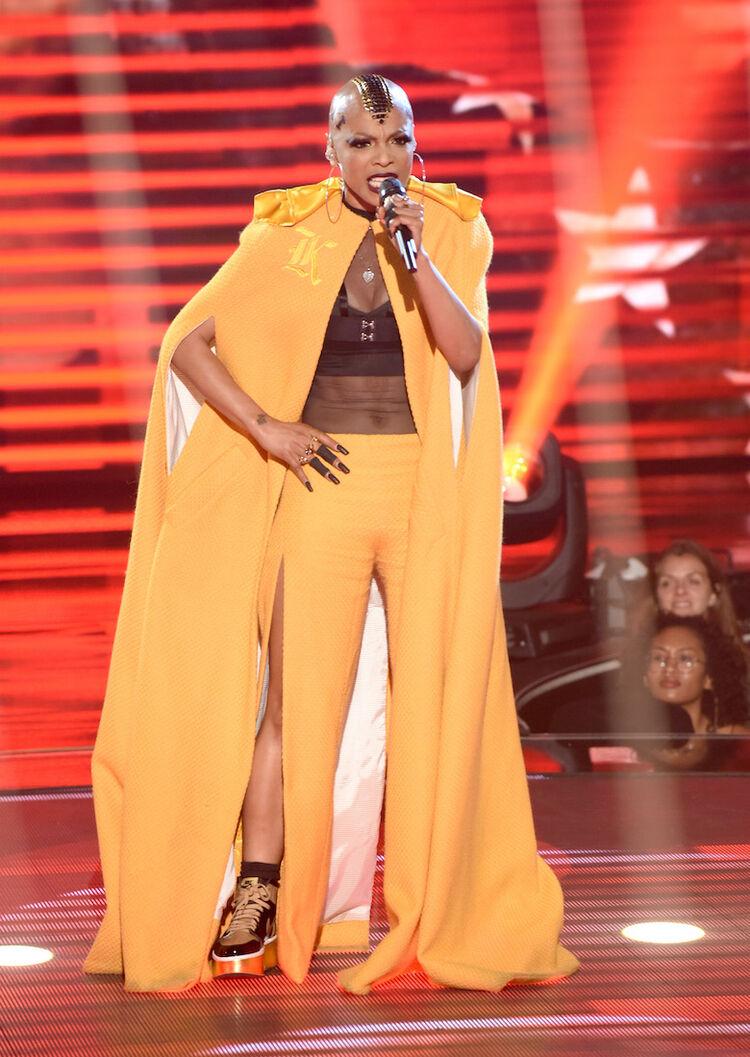 "Sheraya J. performs on ""The Four"""