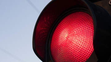 Charlie Munson - Five-Year-Old Calls Police To Tell Them His Dad Ran A Red Light Twice