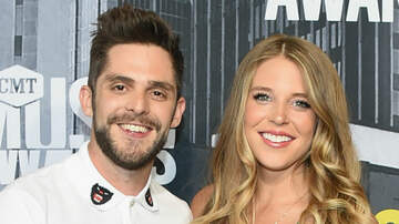 Country News - Thomas Rhett Reveals Wife Lauren Wants Three More Kids Before Turning 34
