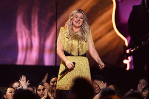 Kelly Clarkson's Daughter Wants To Marry Coldplay's Chris Martin