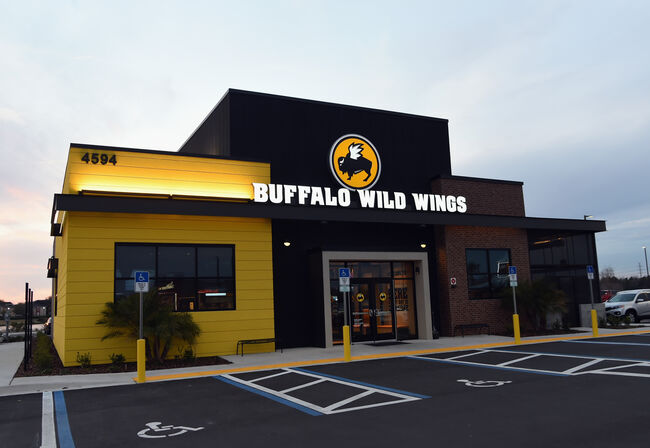 Buffalo Wild Wings Looking To Add Sports Betting At Restaurants