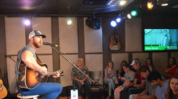 Photos: Listener Lounge - Riley Green in the Polaris Listener Lounge