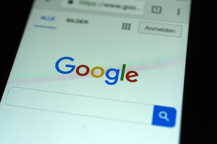 Report: Google Tracks Users Even if They Turn Off 'Location History'