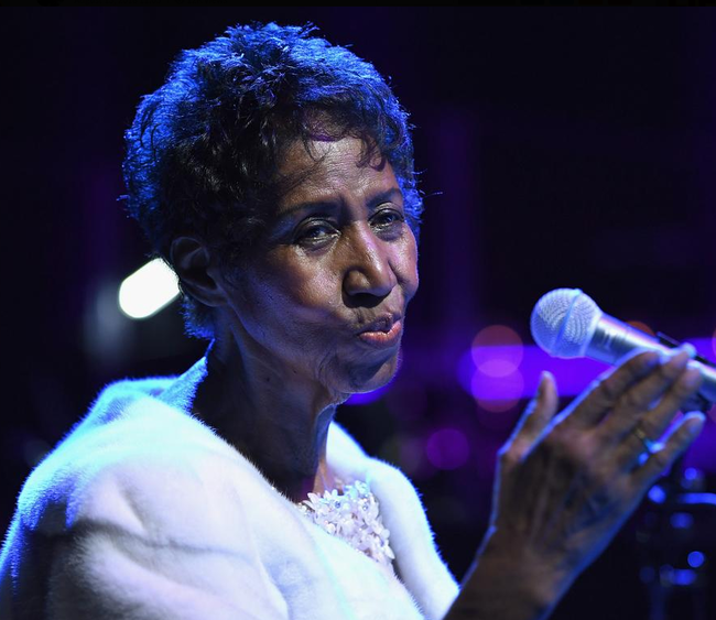 Aretha Franklin's Health Deteriorates, No Looking Good