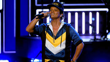 D Scott - Bruno Mars Is Giving Back In A Huge Way For Thanksgiving