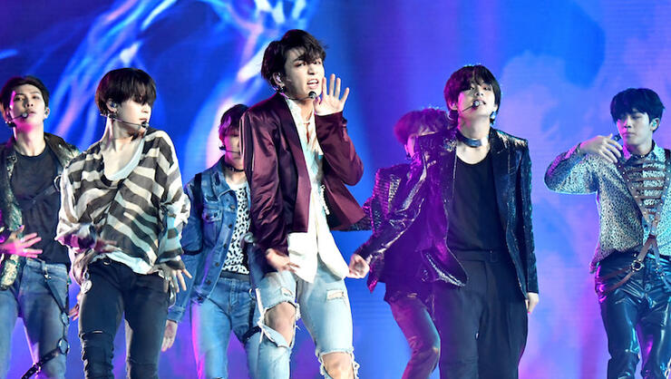 Download lagu bts fake love live | DOWNLOAD MP3: BTS  2019-05-10