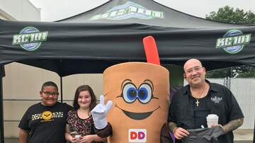 Photos - KC101 Street Team at Dunkin Donuts in Wallingford