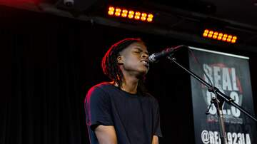AT&T Sound Studio - Daniel Caesar Performs Inside The AT&T Sound Studio