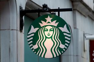 Starbucks Is Going Pay Their Employees To Volunteer 20 Hours A Week