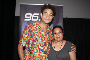 Just Show Up Meet and Greet : Bryce Vine
