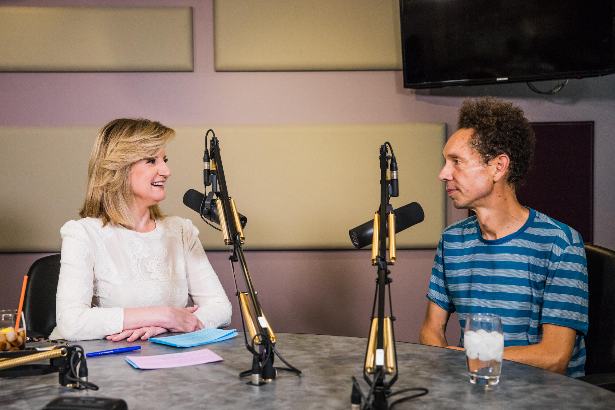 Malcolm Gladwell Will Make You Want to Get Off Your Phone ASAP