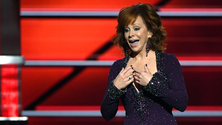 reba mcentire will help the country get in the holiday spirit once again in 2018 the country legend will return as host of cma country christmas for the - Country Christmas Radio