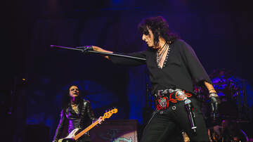 Photos - Alice Cooper at Angel of the Winds Arena