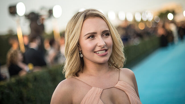 Hayden Panettiere 'Hasn't Had Much Time' With Her Daughter, Source Claims